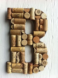 35 Magnificently Beautiful Smart DIY Cork Crafts For Your Interior Decor homesthetics (29)