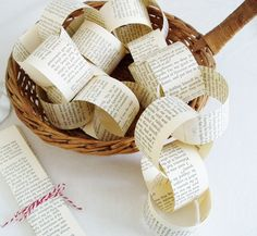 35 Sensible Vintage-Like DIY Book Paper Decoration Projects For Your Home homesthetics decor (19)