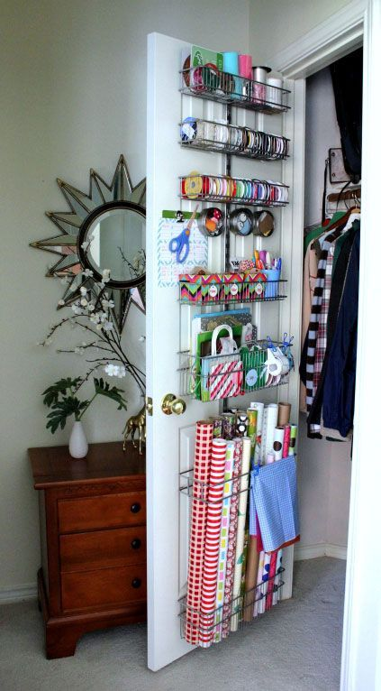 40 Smart Storage Ideas That Will Enlarge Your Space_homestheitcs (13)
