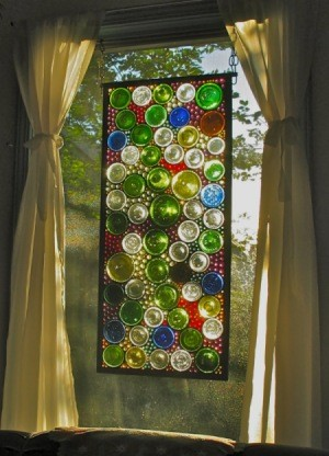 44 Simple DIY Wine Bottles Crafts And Ideas-HOMESTHETICS.NET (1)