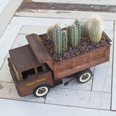 54+ Ideas on How to Creatively Recycle Old Items In Superb DIY Projects homesthetics decor (16)