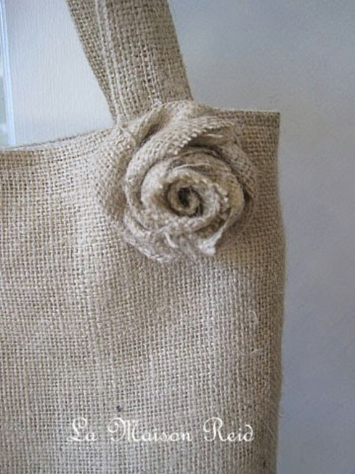 60 Burlap DIY Projects That Will Add Coziness and Health to Your Shelter homesthetics decor (3)