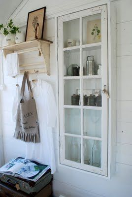 A Few Things That You Can Built Out of Old Windows homesthetics decor (8)