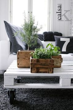 Beautiful DIY Reclaimed Coffee Tables For The Recycle Maniac-homesthetics (28)