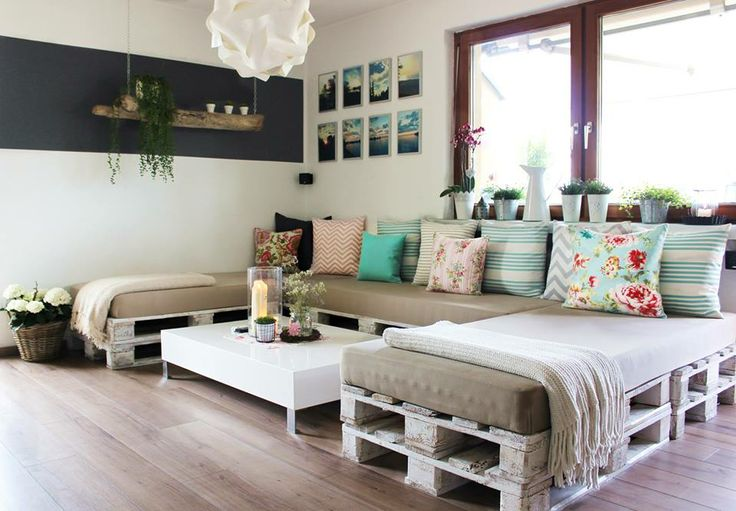 Creatively Recycling Ideas-Top 20 Pallet Beds -homesthetics (10)
