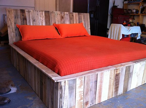 Creatively Recycling Ideas-Top 20pallet Beds -homesthetics (23)
