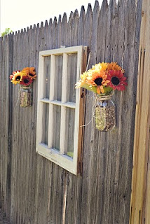 How to Use Old Windows In Your Garden and Yard homesthetics decor (1)