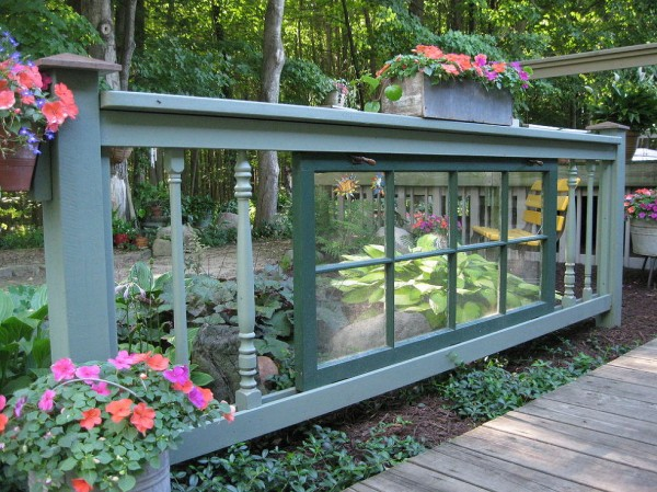 How to Use Old Windows In Your Garden and Yard homesthetics decor (6)