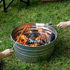 Plan Your Backyard Landscaping Design Ahead With These 35 Smart DIY Fire Pit Projects homesthetics backyard designs (14)