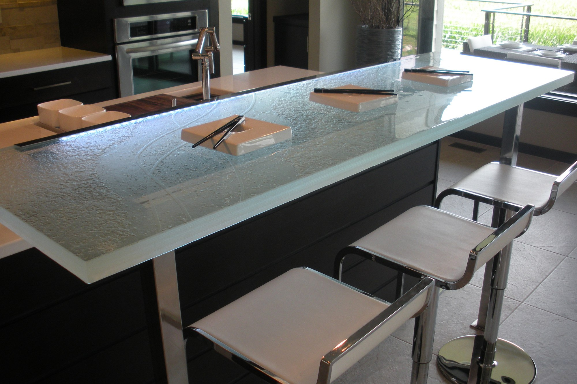 The ultimate luxury touch for your kitchen decor glass for Kitchen counter decor