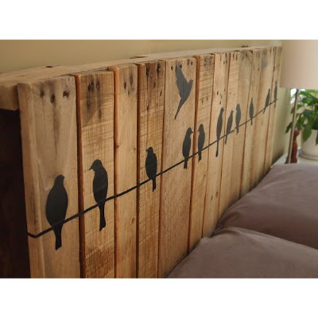 top 34 pallet wall art diy projects you will love. Black Bedroom Furniture Sets. Home Design Ideas