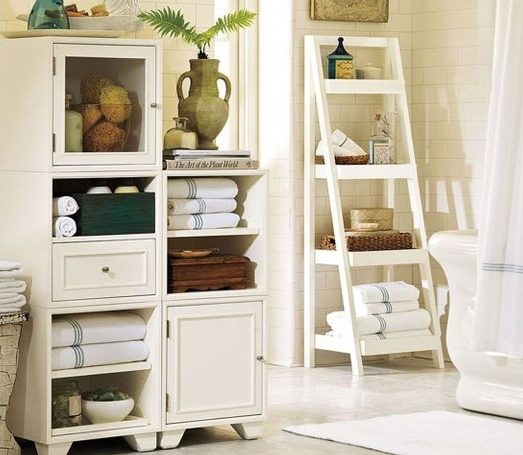 Trend Bathroom Ladder Decor