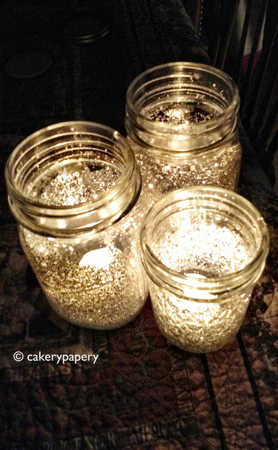 MAKE GLITTER MASON JAR CANDLES