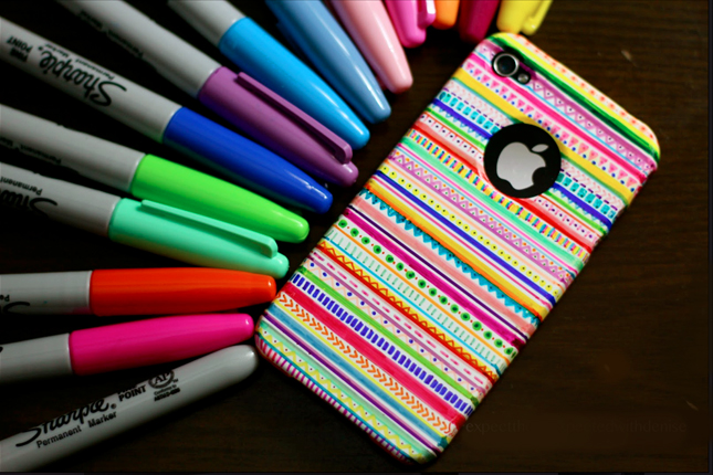 Accessorize And Decorate With These 25 DIY iPhone Cases-homesthetics.net (5)