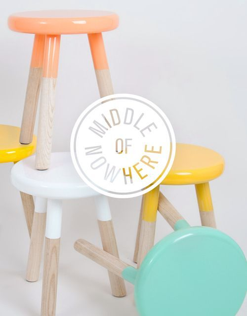 Colorful-Upcycling-Furniture-Projects-homesthetics.net (14)