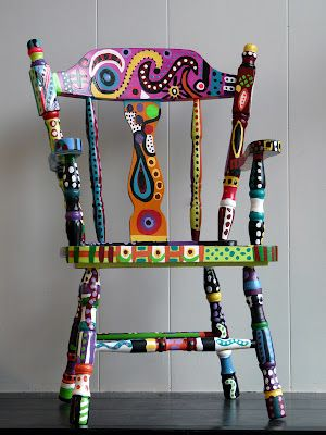 Colorful-Upcycling-Furniture-Projects-homesthetics.net (16)
