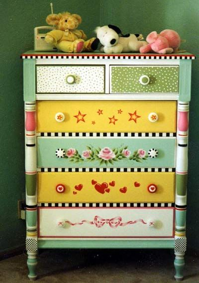 Colorful-Upcycling-Furniture-Projects-homesthetics.net (23)