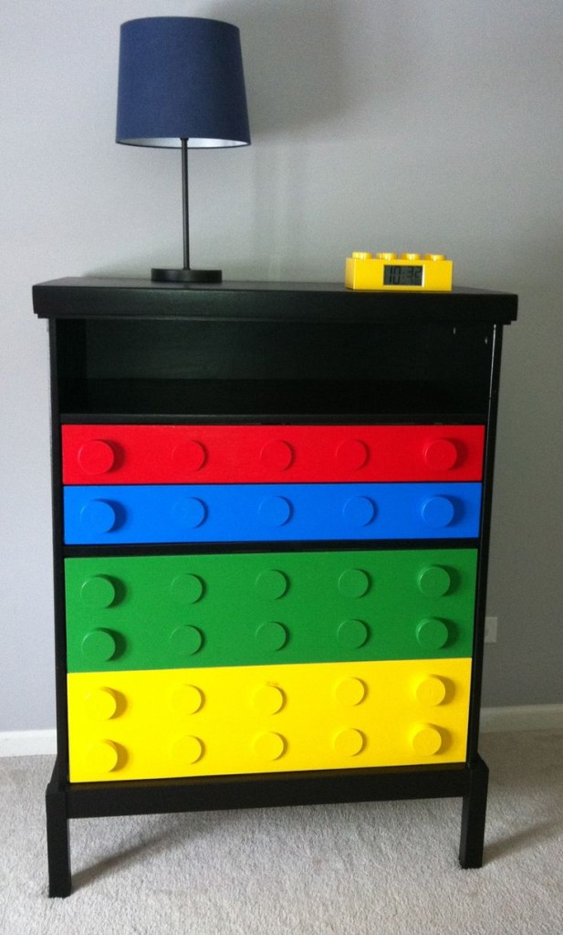Colorful-Upcycling-Furniture-Projects-homesthetics.net (4)