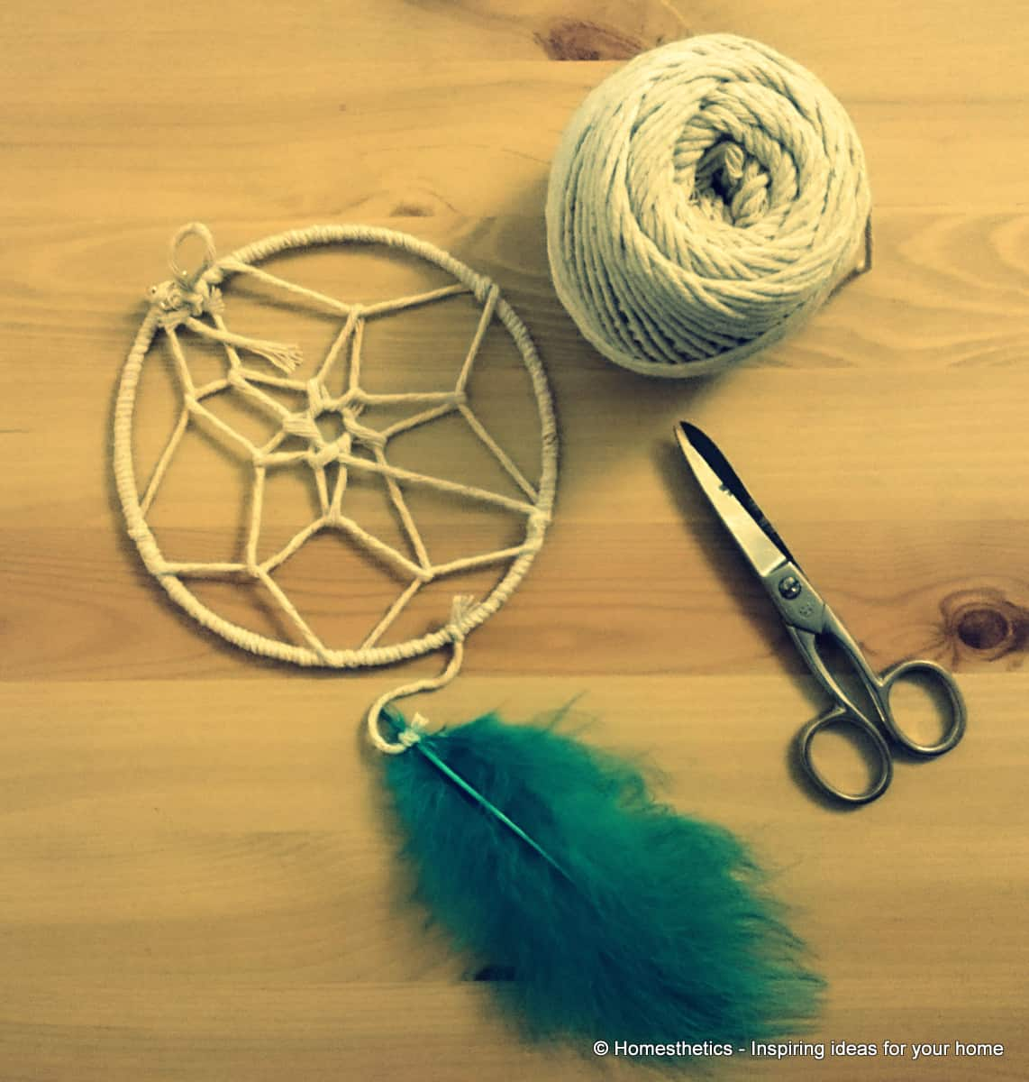 How to Make a Dream-catcher Tutorial & Beautiful DIY Dream-catcher Inspiration Pack for Beginners homesthetics (8)