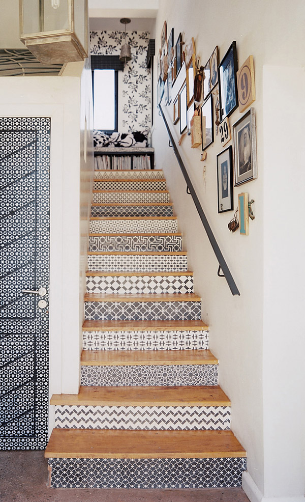 Delightful Ideas On DIY Stair Projects (27)