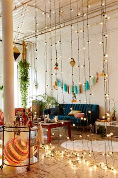 Mesmerizing Sterry String Light Projects for a Magical Home Decor To Start Today (7)