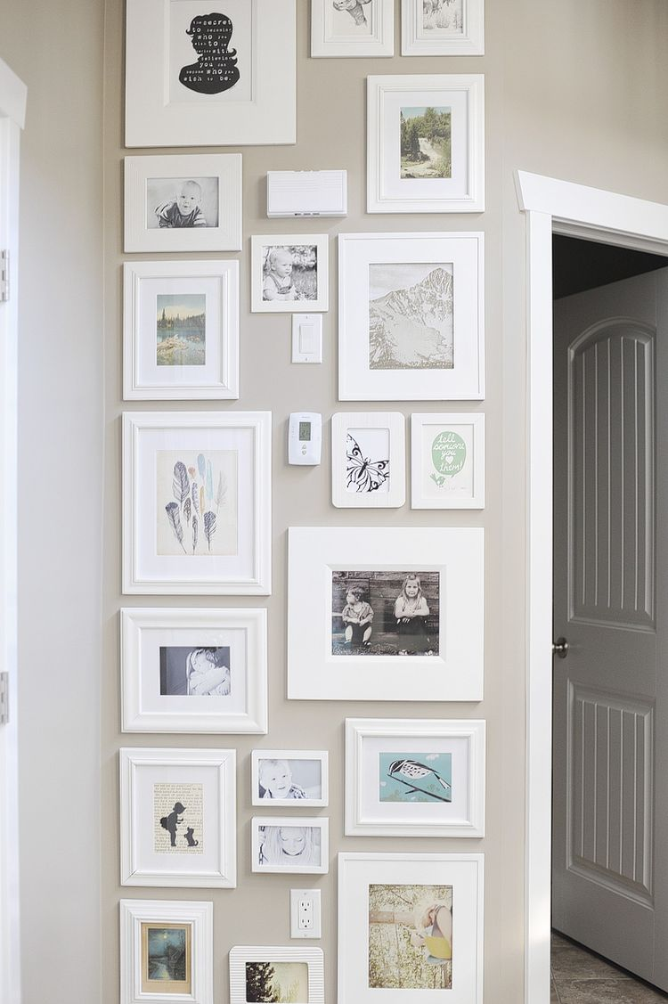 21 White Photo Display