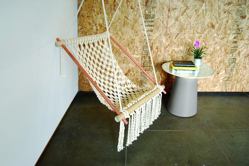 diy macrame hanging chair top 10 diy hanging chairs projects to try this 9346