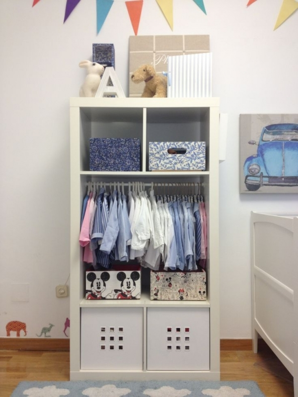 A PERFECT SMALL WARDROBE