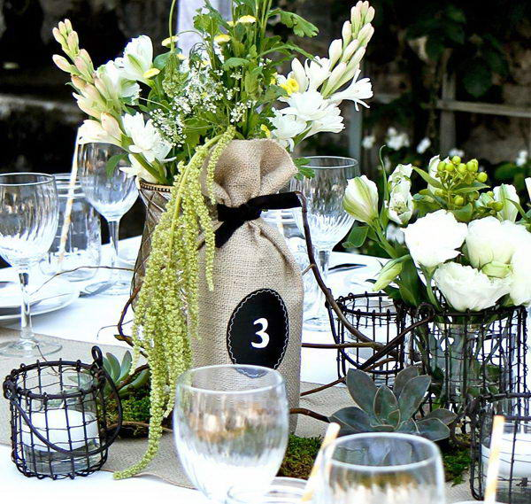 Upcycling Inspiration Pack-Insanely Beautiful DIY Wine Bottle Centerpieces That You Should Try homesthetics decor (11)