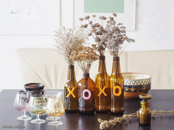Upcycling Inspiration Pack-Insanely Beautiful DIY Wine Bottle Centerpieces That You Should Try homesthetics decor (13)