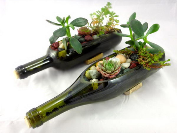 Upcycling Inspiration Pack-Insanely Beautiful DIY Wine Bottle Centerpieces That You Should Try homesthetics decor (21)