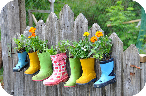 Invite Spring In With Fresh Colorful New DIY Flower Pots Projects