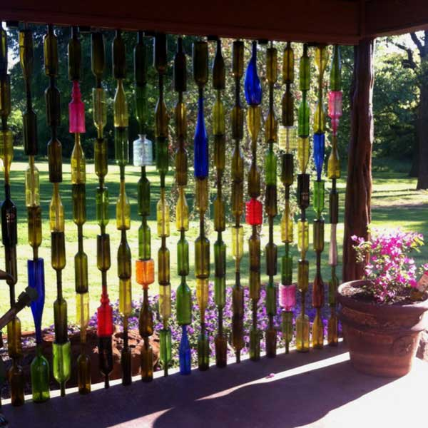 19 sustainable diy wine bottle outdoor decorating ideas 19 spectacular sustainable diy wine bottle outdoor decorating ideas homesthetics decor 3 solutioingenieria