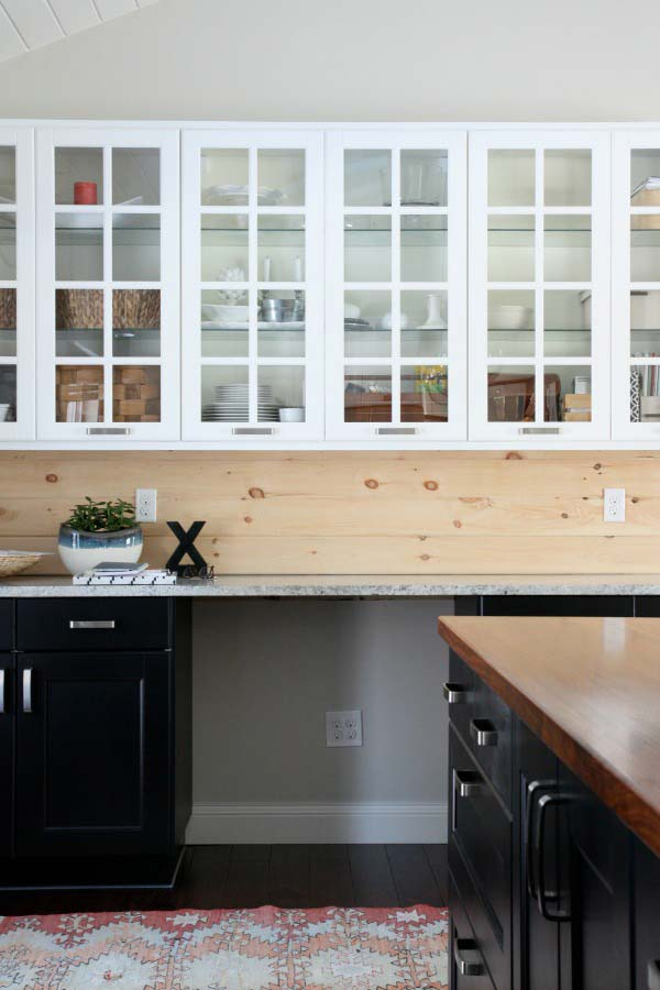 4. Simple wooden backsplash