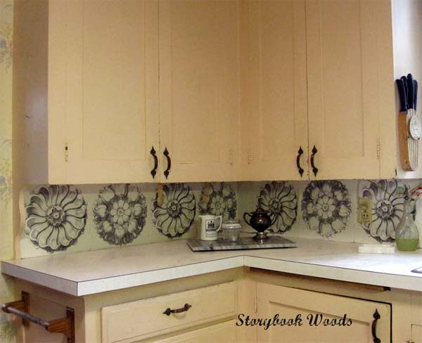 20. Medallion backsplash