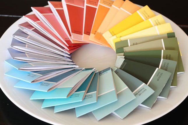 25 creative fun paint chip DIY projects_homesthetics.net (19)