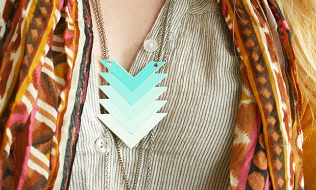 25 creative fun paint chip DIY projects_homesthetics.net (20)