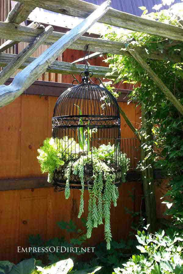 34 Easy and Cheap DIY Art Projects to Beautify Your Backyard Lanscape homesthetics decor (19)