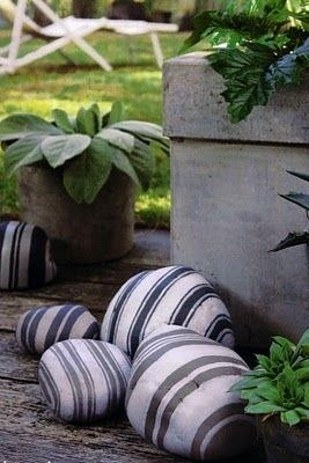 51 Borderline Genius Budget Backyard DIY Projects That You Can Start Today homesthetics decor (46)