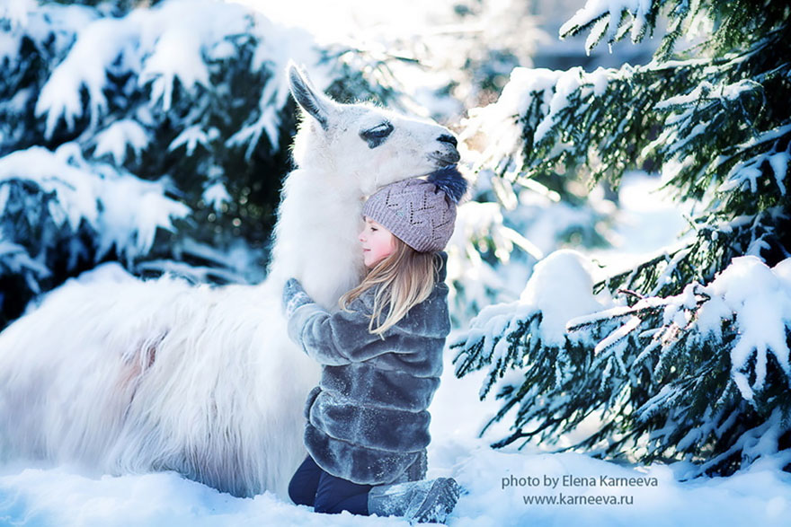 Children And Animals Cuddle In Cute Photoshoots By Russian Photographer Elena Karneeva homesthetics decor (10)
