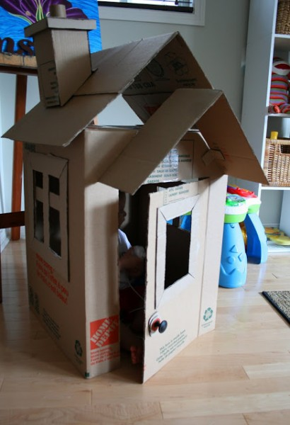 10.MIMICKING A TRADITIONAL SIMPLE HOUSE