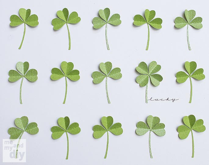 Simply Beautiful DIY March Lucky Shamrock Calendar [Free Printables Included] homesthetics diy tutorial (5)