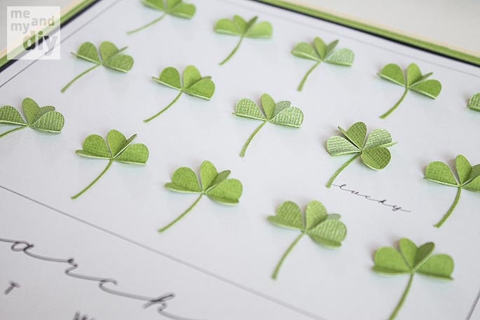 Simply Beautiful DIY March Lucky Shamrock Calendar [Free Printables Included] homesthetics diy tutorial (7)