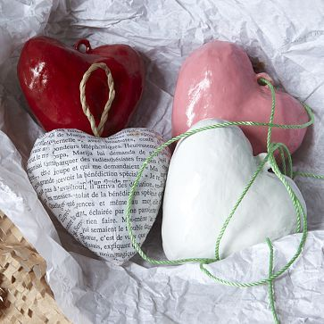 13. HEART ORNAMENTS FROM PAPER MOSS