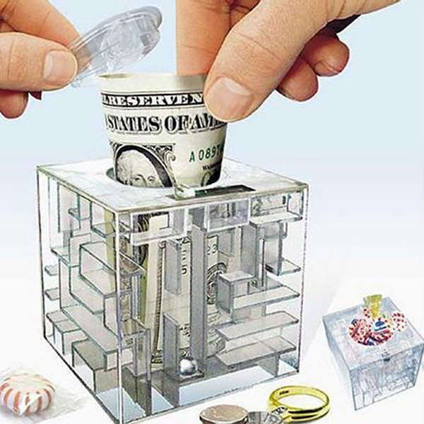 #13 PLEXIGLAS MAZE MONEY BOX