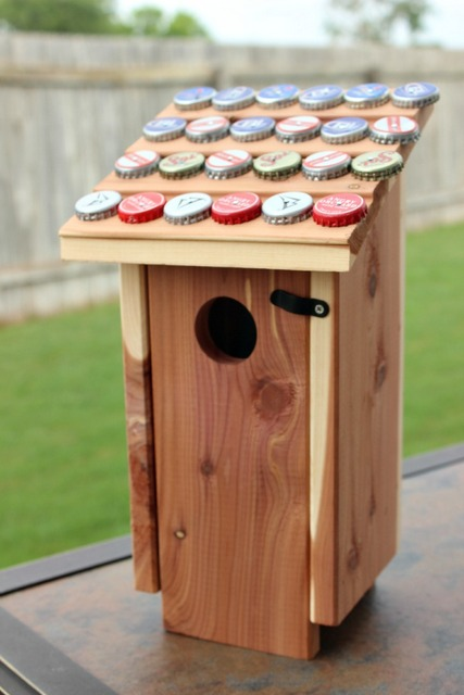 20 Ingenious Bottle Cap Crafts That Will Surprise You With a Smile homesthetics decor (3)