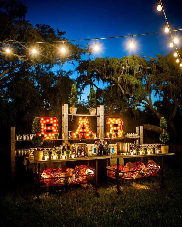 20 Simply Charming and Smart Unique Outdoor Wedding Bar Ideas Worth Trying homesthetics decor (18)