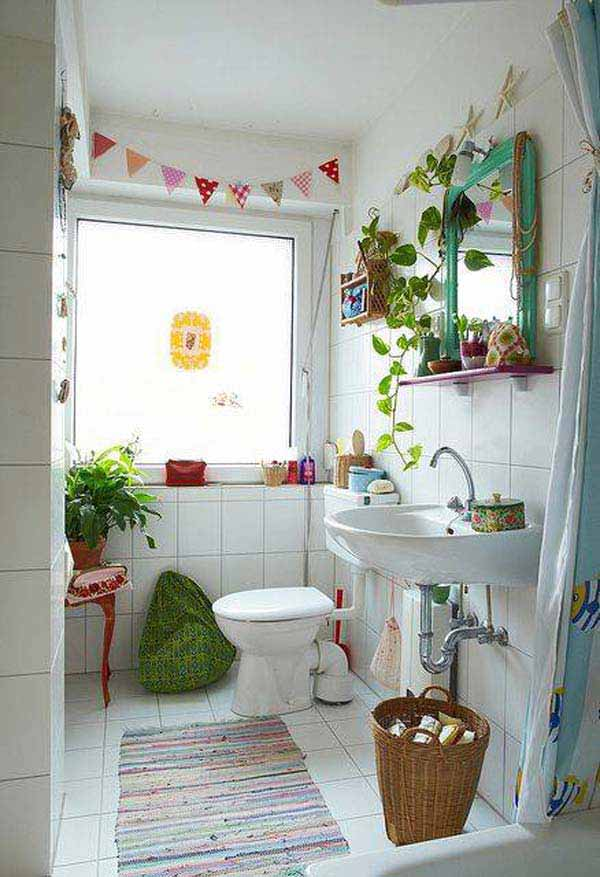 22 Extraordinary Creative Tips and Tricks That Will Enlarge Your Small Bathroom Design homesthetics decor ideas (22)