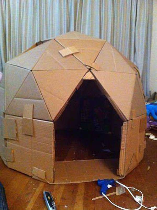 27 Ideas on How to Use Cardboard Boxes for Kids Games and Activities DIY Projects homesthetics diy cardboard projects (16)