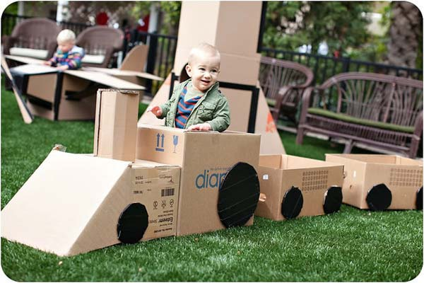 27 Ideas on How to Use Cardboard Boxes for Kids Games and Activities DIY Projects homesthetics diy cardboard projects (28)